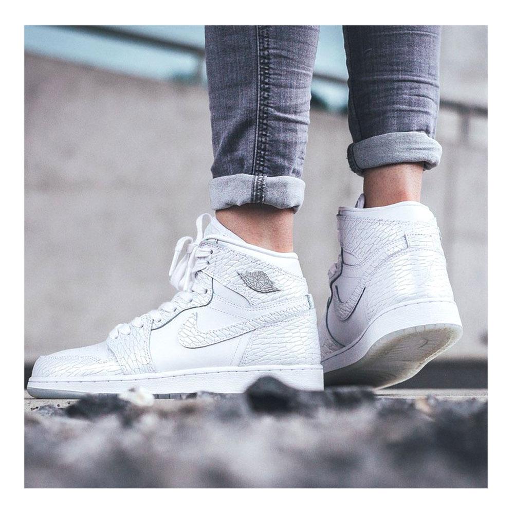 Trainers Special Trainers Women S Air Jordan 1 Retro Premium White Pure Platinum Private Sport Shop