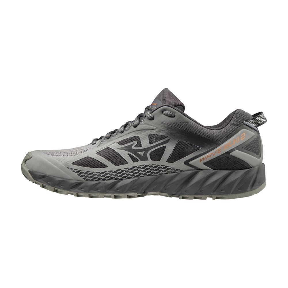 zapatillas trail running hombre mizuno gris