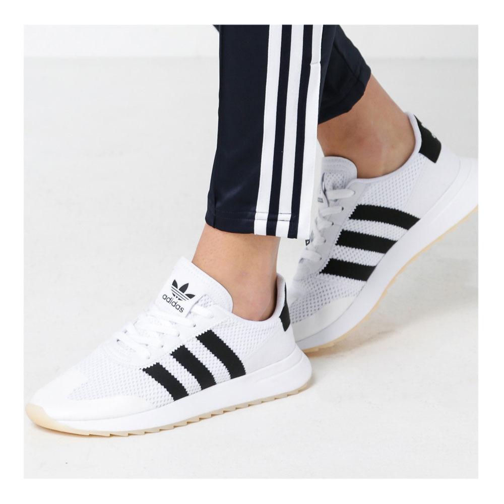 ADIDAS Adidas FLASHBACK W - Trainers - Women's - ftwwht/core black ...