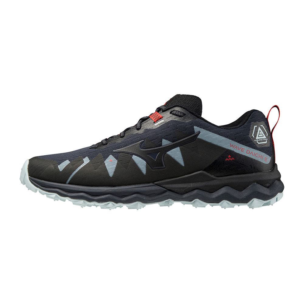 MIZUNO - Mizuno WAVE DAICHI 6 - Trailrunning-Schuhe - Männer - india ink/black/ignition red