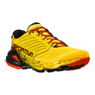 LA SPORTIVA - AKASHA - Chaussures trail Homme yellow/red